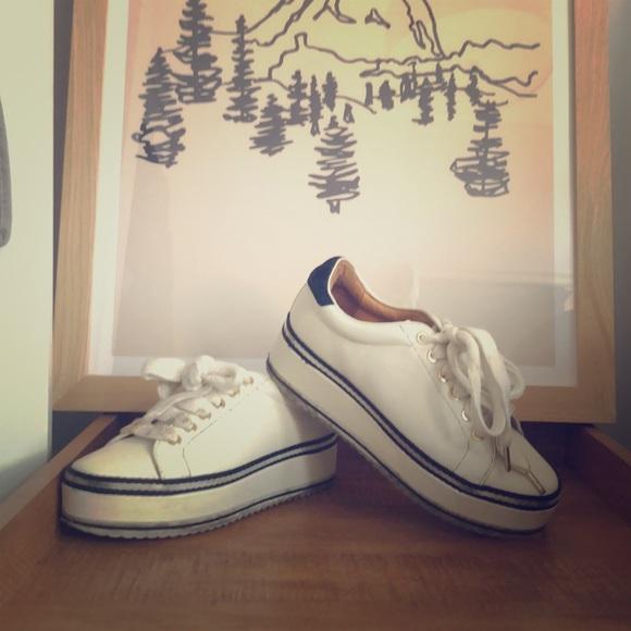 Joie Shoes | Dabnis Stripe Platform